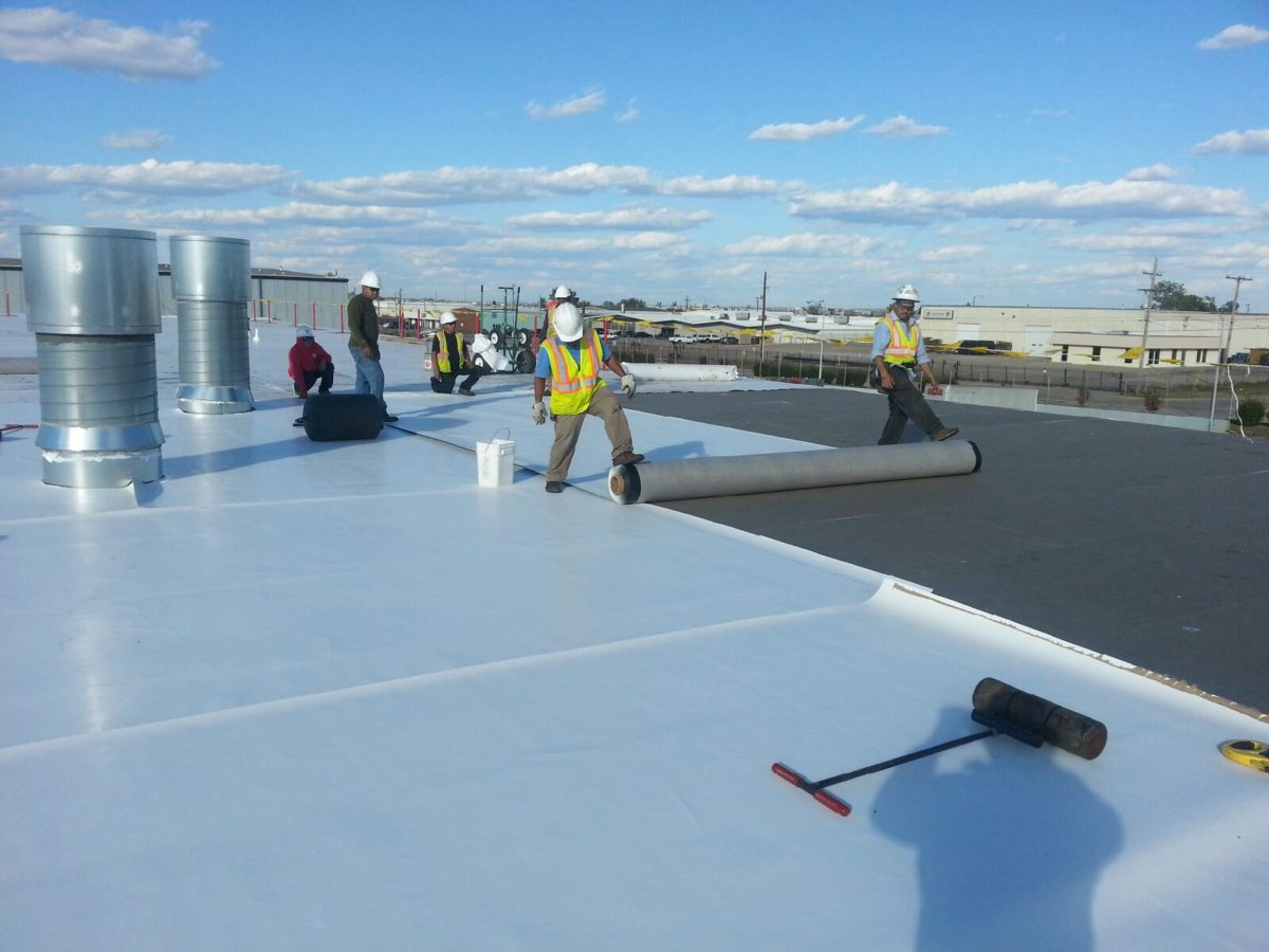 Commercial Roof Installation : Commercial tpo and modified bidumen roofing clear choice